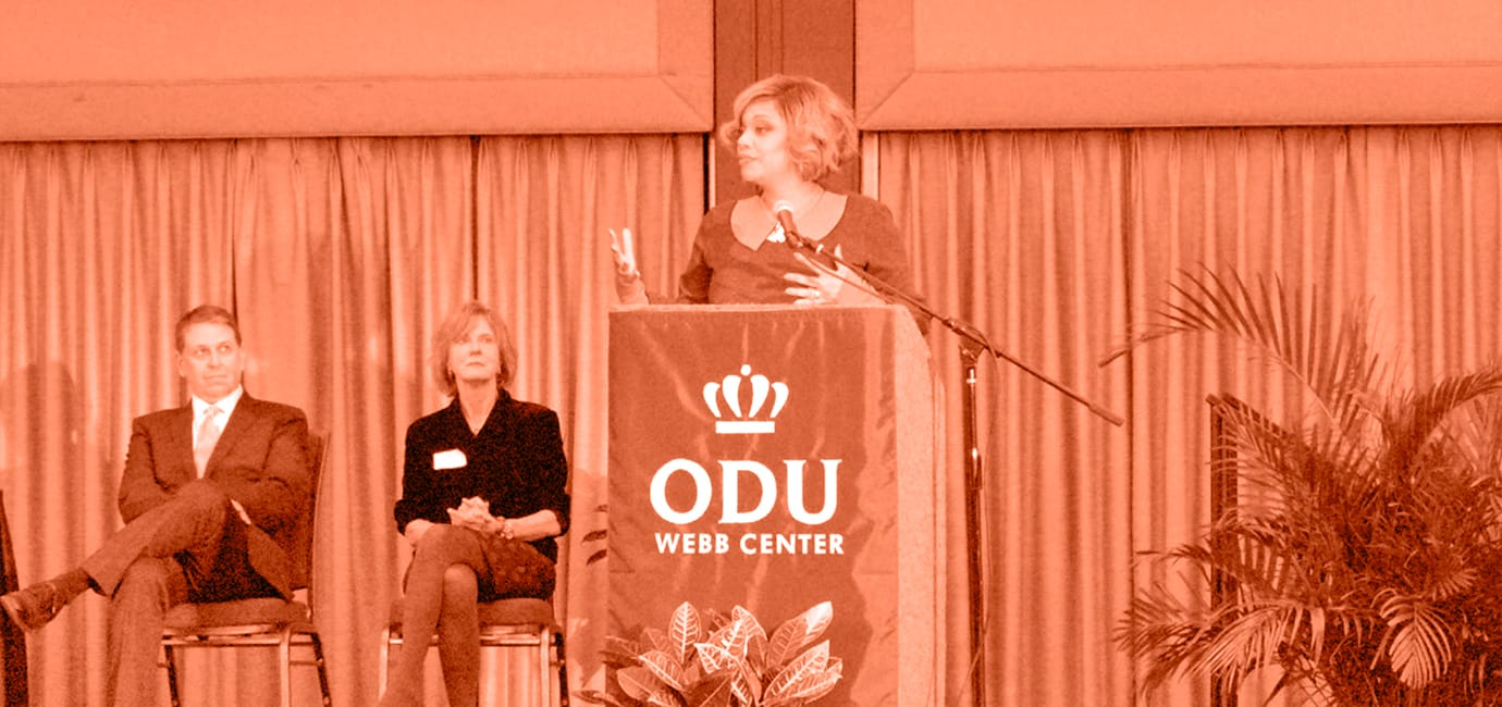 Dr. Angela D. Reddix receiving ODU Entrepreneur of the Year Award